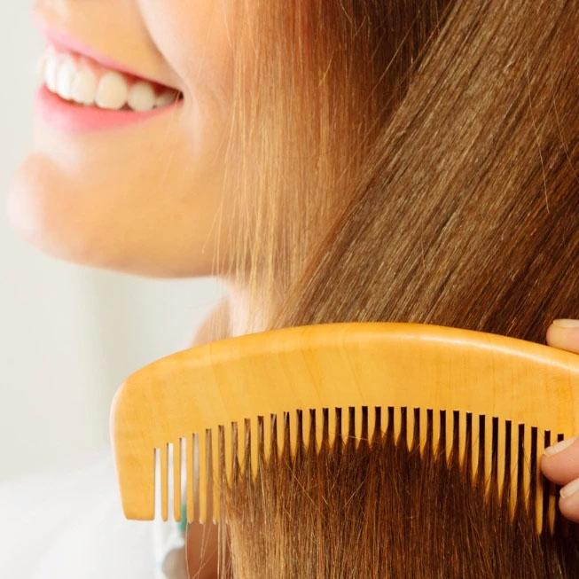Benefits of Wooden Comb